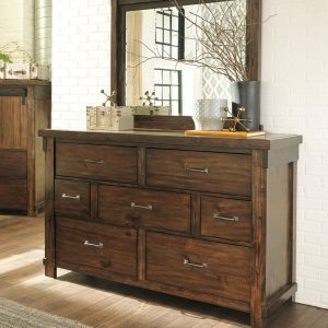 Lakeleigh - Brown - Dresser & Mirror
