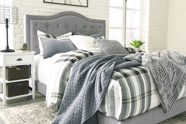 Jerary - Gray - King Upholstered Bed - 6